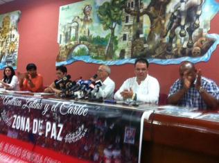 Reverendo Raúl Suárez defiende a Venezuela ante la agresión de EEUU